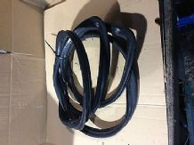 peugeot 205 1.6 / 1.9 gti windscreen rubber non sunroof type